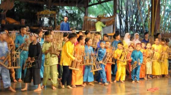 Angklung performance by children, Bandung - Indonesia