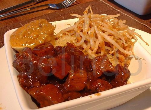Recipe - Babi kecap - Pork in soy sauce