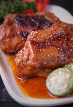 Recipe - Grilled chicken with spicy sauce - Ayam bakar bumbu rujak
