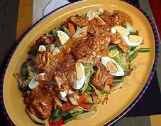 Recipe - Gado-gado - Indonesian vegetable salad with peanut sauce
